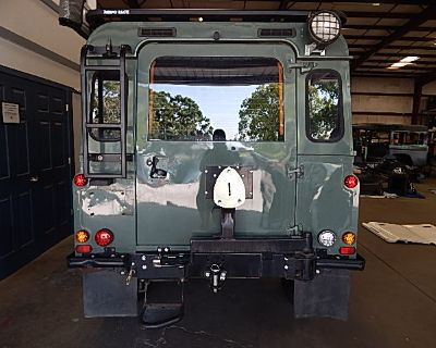 Expedition Spare Wheel Carrier w/custom bumperettes