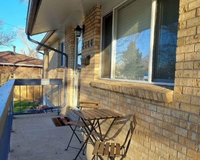 Private room with shared bathroom - Sherrelwood , CO 80221