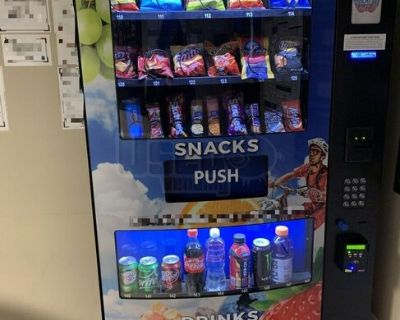 2018 (3) Seaga HY900 Healthy YOU Snack and Drink Combo Vending Machines