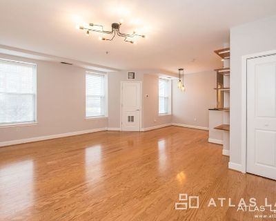 One Month Concession! Recently Updated 1 Bed/1 Bath off 14th St NW!