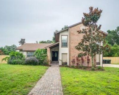 1713 Green Meadow Ln, Orlando, FL 32825 4 Bedroom Apartment