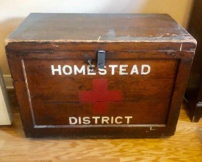 Lakewood Ranch Estate Sale - Antiques - Disney - Trains - Amish Furniture