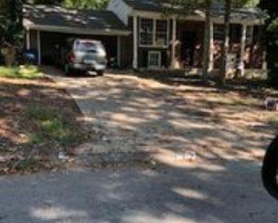 440 King Arthur Ct #1, Jonesboro, GA 30236 3 Bedroom Apartment