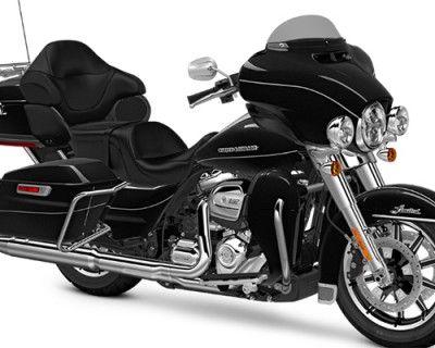 Pre-Owned 2017 Harley-Davidson Ultra Limited Low Touring FLHTKL