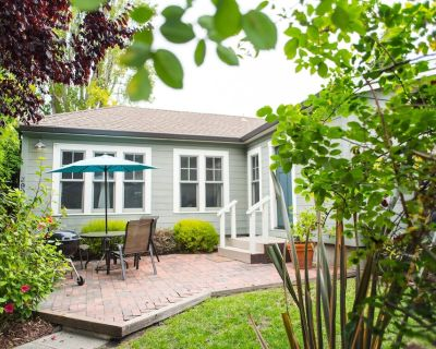Private Retreat in the Heart of Rockridge. Walk to Everything! - Upper Telegraph