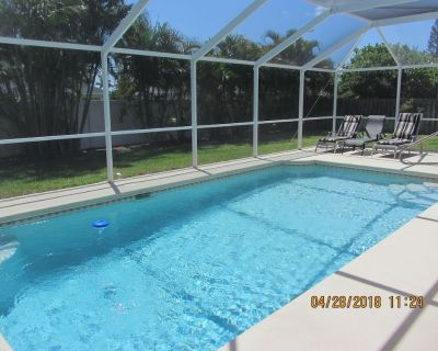 Wireless Internet, Boat Rental, Pool SW exposure, Central Location - Cape Coral