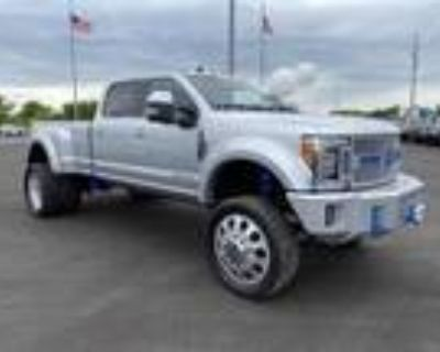 2019 Ford F-450 Silver, 33K miles