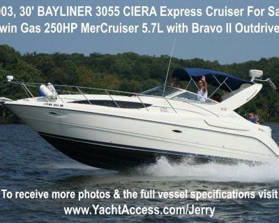 2003, 30' BAYLINER 3055 CIERA (Express Cruiser) For Sale