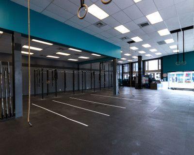 Spacious West LA Gym, Los Angeles, CA