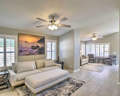 NEW! Chic Modern Home w/Fire Pit, 6 Mi to Downtown - Gilbert