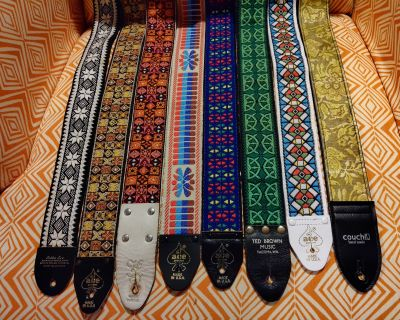 7 Vintage and reissue guitar straps (Ace, Hippie, Bobby Lee, Couch)