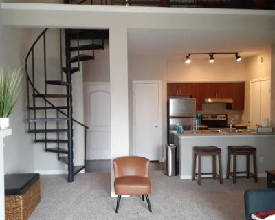 Luxury Loft Open-space, Quietly Tucked In The Suburbia Of Addison TX!, Addison, TX