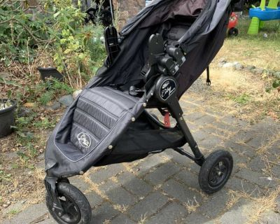 GT City select stroller and accessories