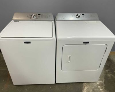 Maytag Brovos XL Washer and Electric Dryer with Steam Matching Set