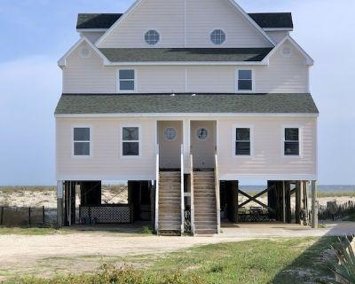 Gulf Front Beach House 3BR/3.5BA + Hall Bunks ==> Sleeps 12 in Beds! - Perdido Key
