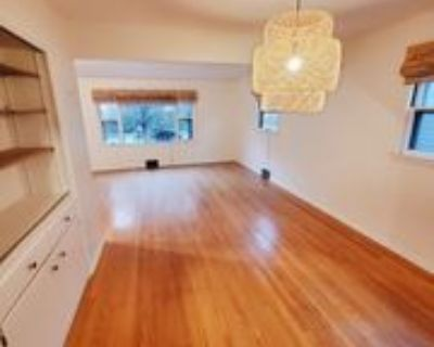 2118 N 65th St #LOWER, Wauwatosa, WI 53213 2 Bedroom Apartment