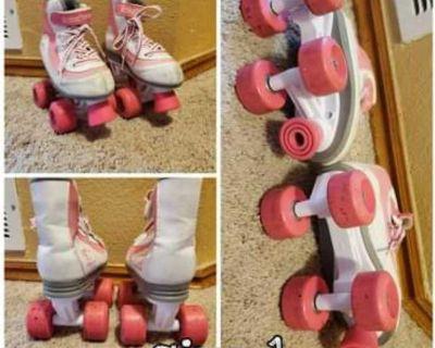 Roller skates Size 1 little girls