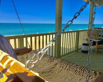 NEW LISTING: OCEANFRONT OASIS - Beautifully Renovated, Perfect Beach House ! - Kitty Hawk