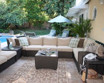 Outdoor Garden Space - Quiet- w/ Greenhouse, Pool, Covered Patio, Heaters and TV, Encino, CA