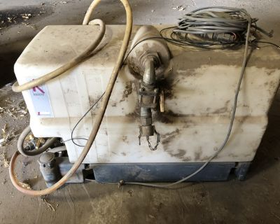 35 gallon injection tank with diaphragm pump
