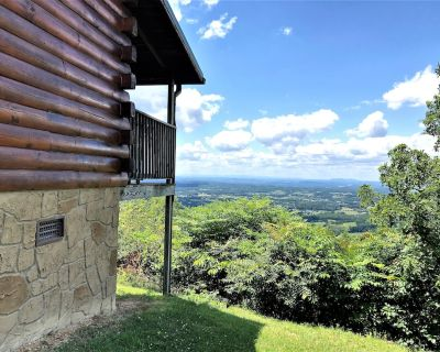 Everyone wants to experience Heavens View. - Sevierville