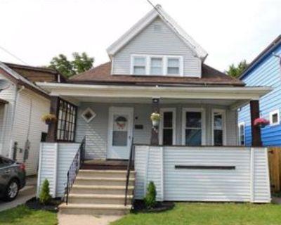 460 Berkshire Ave, Buffalo, NY 14215 3 Bedroom Apartment