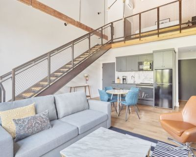 Sonder | Antiques Warehouse | Lofted One-Bedroom Apartment - Downtown San Antonio