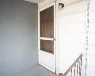 606 Oliver Ave #4, Fairmont, WV 26554 1 Bedroom Apartment