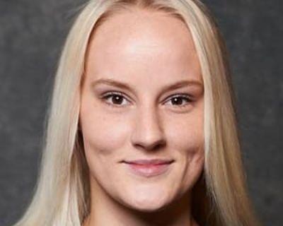 Kristyna, 22 years, Female - Looking in: Long Beach Los Angeles County CA