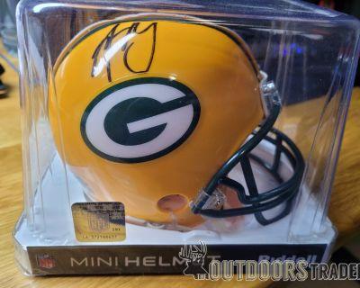 FS NFL memorabilia (Green Bay Packers) Aaron Rodgers Autographs