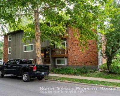 701 E 40th St #4, Kansas City, MO 64110 2 Bedroom Apartment