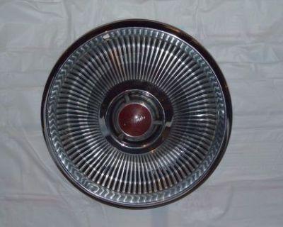 Oe 1968 Chrysler 14 Inch Wheelcover #324 Red Center