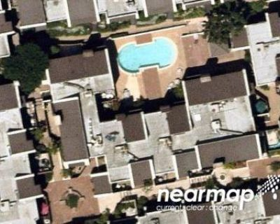 2 Bed 3.0 Bath Preforeclosure Property in Glendale, CA 91202 - Valley View Rd Apt 101