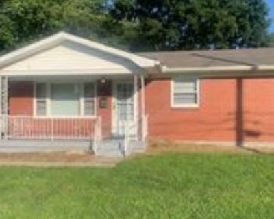 11811 Dearing Woods Dr #1, Louisville, KY 40272 3 Bedroom Apartment