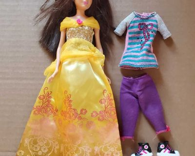 """10.5"""" jointed doll with extra outfit"""