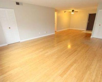 1088 GREENTREE ROADAPT 204 #204, Green Tree, PA 15220 2 Bedroom Apartment