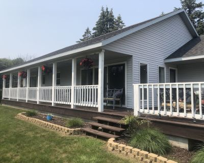 Spring Lake waterfront home on Markers Cove with full Spring Lake access! - Ferrysburg
