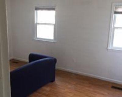 Master Bedroom/Private Bathroom in Gaithersburg MD