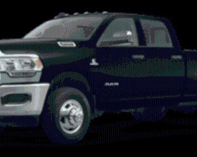 2020 Ram 3500 Tradesman Crew Cab 8' Box 4WD