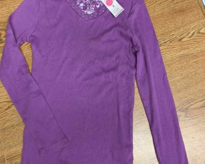 NWT size 7/8 children s place shirt