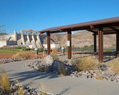 Family Vacay! Spacious Unit Near Attractions, Pool - Laughlin