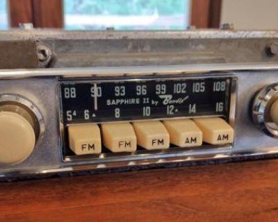 Sapphire II AM/FM 6V Ivory Radio - EXCELLENT