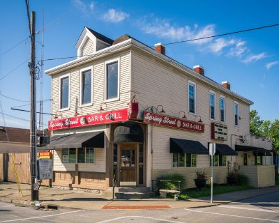 Spring Street Bar and Grill