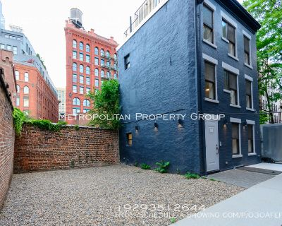Live In This No Fee Triplex, Three-story Townhouse House In The Heart Of NOLITA!