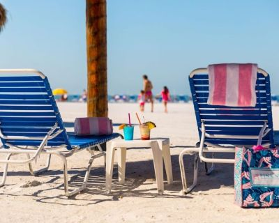 Family Friendly Vacation! 2 BR Suite, Pool, Beach, Gym and Parking - Fort Myers Beach