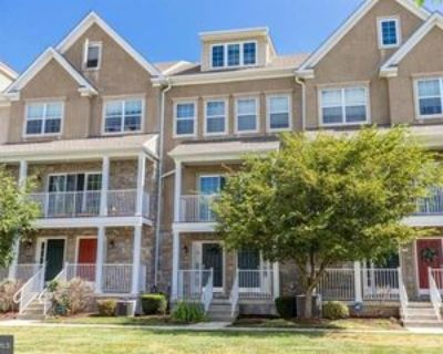 128 Justin Dr, West Chester, PA 19382 3 Bedroom Apartment