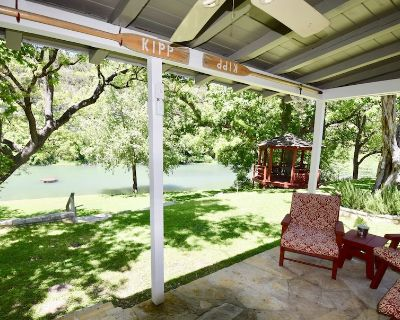 Kipp Cottage-Exclusive Private Guadalupe Riverfront - Hunt