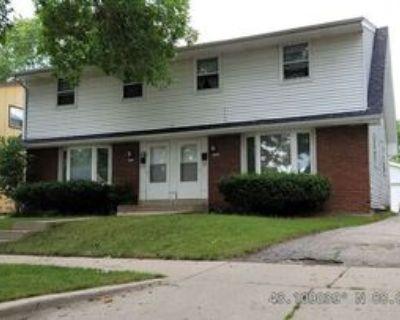 5026 N 106th St, Milwaukee, WI 53225 3 Bedroom House