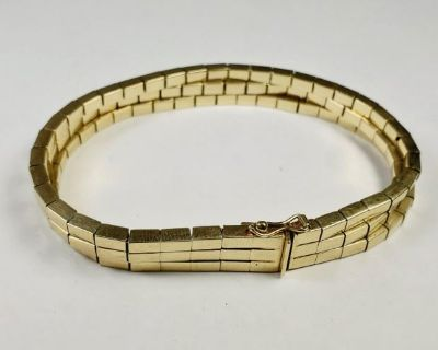 SUPER HOT GOLD & SILVER Jewelry, Coins, Collectibles... (Shipping Only}