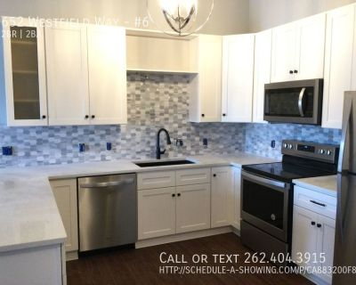 Two Bedroom Two Bath Upper Apartment / Condo Home